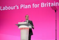 Owen Smith enters Labour contest and becomes favourite