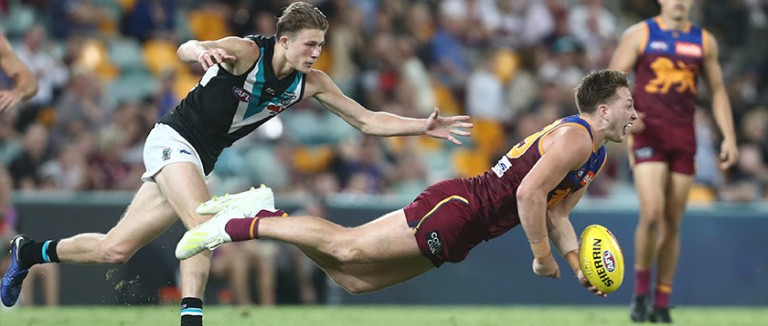 AFL Rd 17: Sunday Match Previews & Betting Tips from Oddschecker