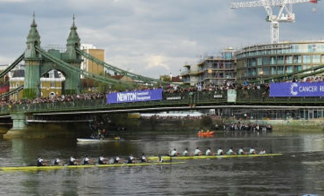 Cambridge enter annual boat race as large favourites over Oxford