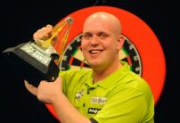 Michael van Gerwen 67% likely to win fifth Premier League title