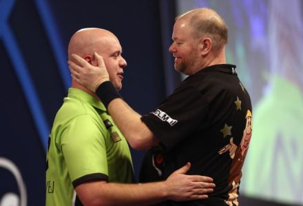 Barney ends MvG's World Record run