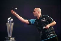Rob Cross backed to retain the World Darts Championship ahead of last 16