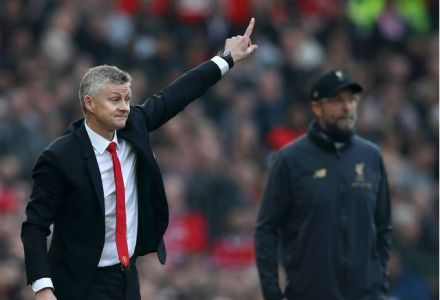 Liverpool and Man Utd set for transfer shootout over exciting winger