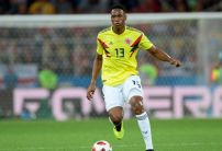 Everton and Liverpool battle it out for towering Colombian Yerry Mina