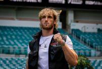 Floyd Mayweather vs Logan Paul Odds: Sportsbooks Dramatically Cut Logan Paul's Odds