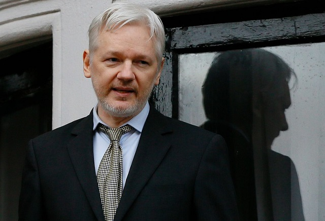 Is WikiLeaks' Julian Assange set to hand himself in?