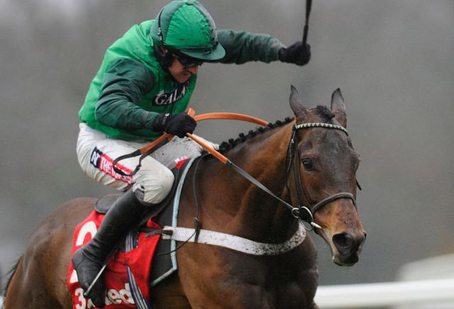 L'Ami Serge backed all day for Doncaster's Sky Bet Chase