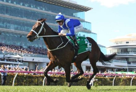 If you rolled over a £25 stake on Winx's last 32 races, you'd be a multi-millionaire