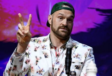 Tyson Fury vs Deontay Wilder: Date, UK Start Time, TV Channel, Undercard & Odds