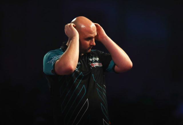 Rob Cross to beat Peter Wright - Banker or blowout?