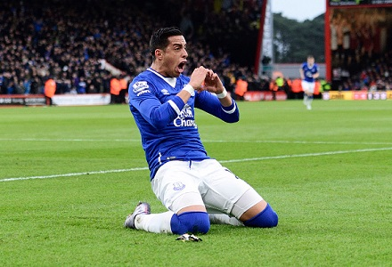 Goodison goals feast on cards