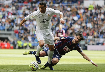 Back Madrid to overturn deficit in Bernabeu