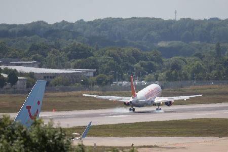 London Mayor Sadiq Khan backs new Gatwick runway