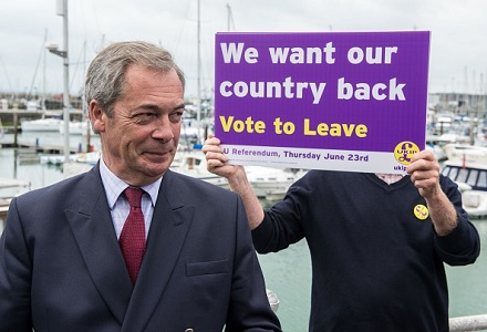 No clear favourite as Farage resigns as UKIP leader