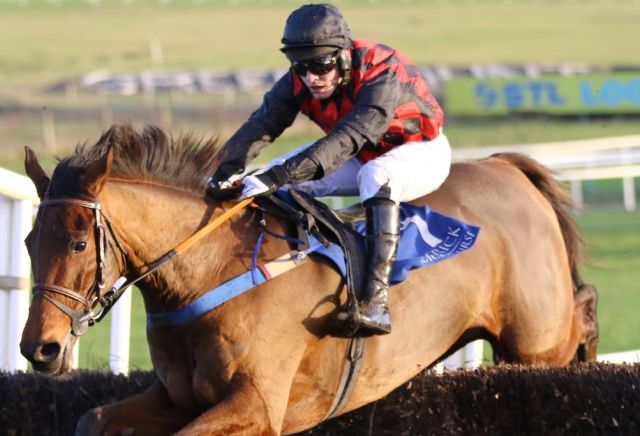 Burning Ambition becoming favourite for Foxhunters Chase despite Punchestown defeat