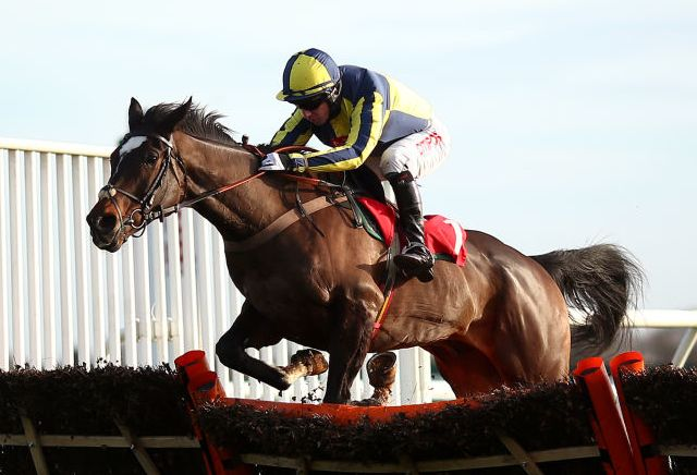If The Cap Fits out of the Supreme Novices Hurdle, Kalashnikov profits