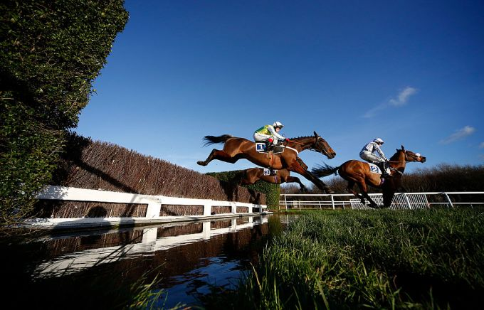 Friday Money Horse through Oddschecker