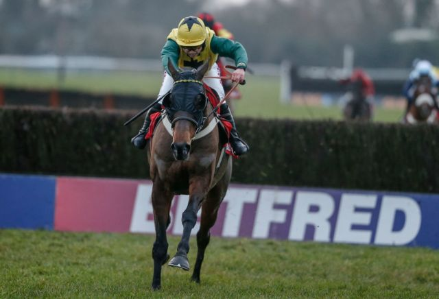 Midlands Grand National runner up Milansbar backed for Aintree success