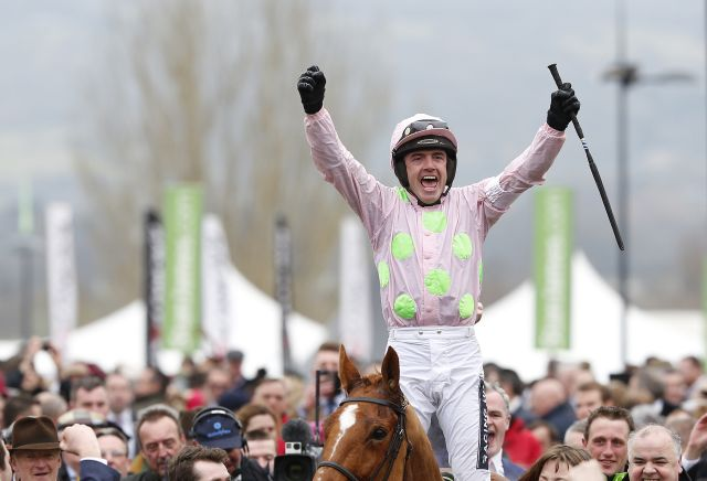Who will Ruby Walsh will be riding in the Cheltenham Gold Cup?