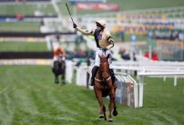Ruby Thursday as Walsh and Mullins dominate