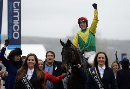 Bookies on top as favourites struggle at the Festival