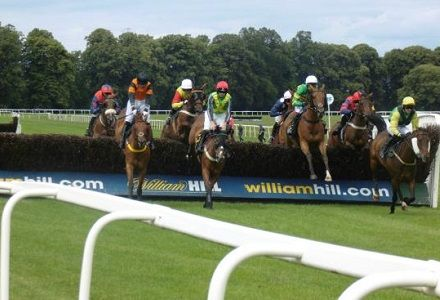 Andy Holding's Sunday Horse Racing Tips